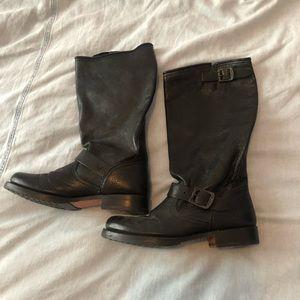 Women's Frye Boots (size 9)